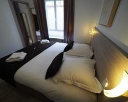 Hôtel de Biarritz - Vichy - Chambre triple